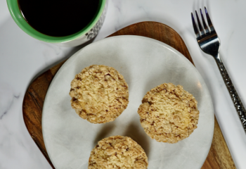 Protein Cinnamon Crumb Coffee Cupcakes